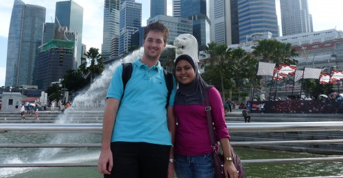 September 2010: Erste Auslandsreise nach Singapur